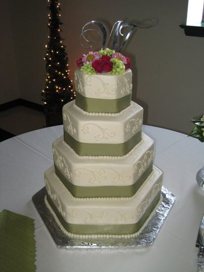 llc wedding cake virginia richmond charlottesville roanoke