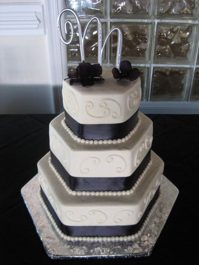 3-tier black and white hexagon cake