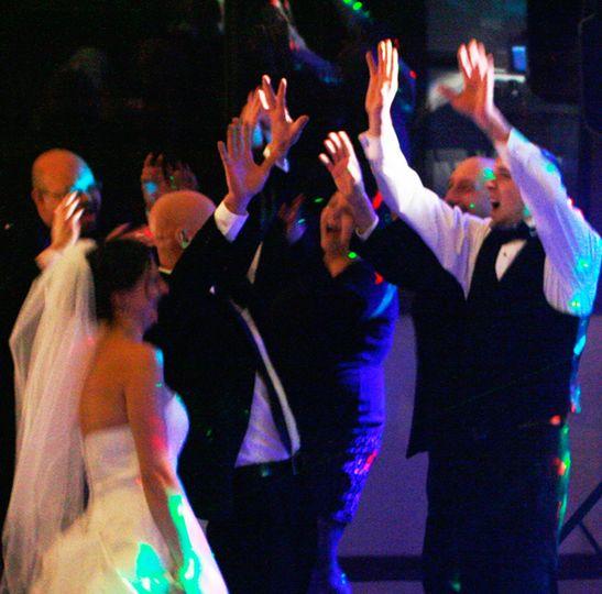 crowd dance