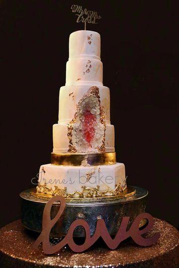Geode gold wedding cake