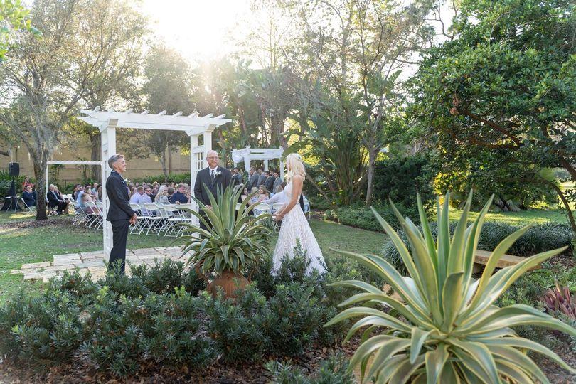 Garden ceremony facing side