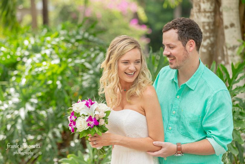 Joyful weddings on Sanibel Island