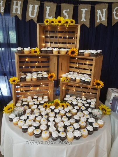 cupcake and crate display