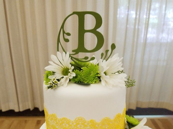 Tmx 1505248922782 Yellow Edible Lace Tipton, IA wedding cake