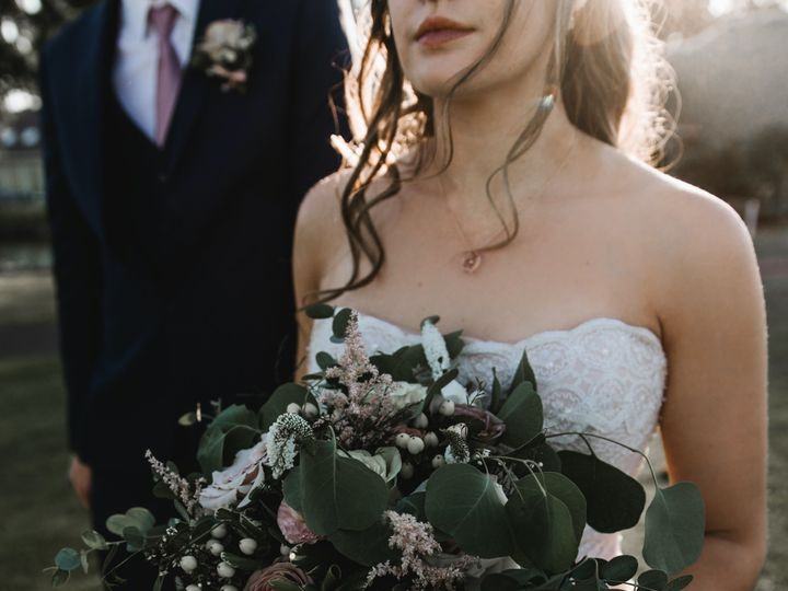 Tmx Bridegroom Jordankelmphotography 17 51 936816 158318422451549 Richland, WA wedding photography
