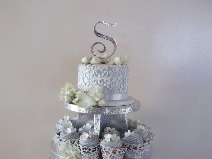 Tmx 1351028799640 DSCF0844 Kenosha, WI wedding florist
