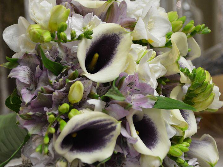 Tmx 1523832346 B3cbbc072189851b 1523832345 69bee90efa5a3617 1523832346198 3 DSC 0800 Under 5mb Kenosha, WI wedding florist