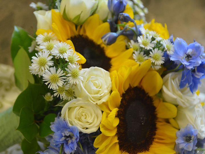 Tmx 1523832431 69fe40bc2789e349 1523832430 Bf8c8f2281392b93 1523832431086 6 Nicole 8 12 5 Unde Kenosha, WI wedding florist