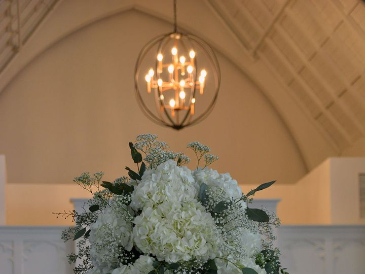 Tmx 1524070446 5dba48104c9e6119 1524070444 7e7f53bd8a43dfe0 1524070441182 3 DSC 0687 Under 5mb Kenosha, WI wedding florist