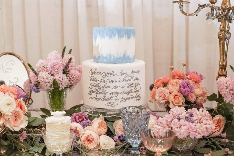 Cake and table setup