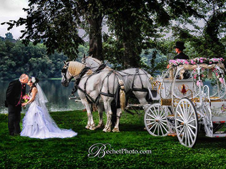Tmx 1530823774 853fab121964a370 1530823773 422cb61757647538 1530823801465 3 Shanandoah Carrage Front Royal, VA wedding transportation