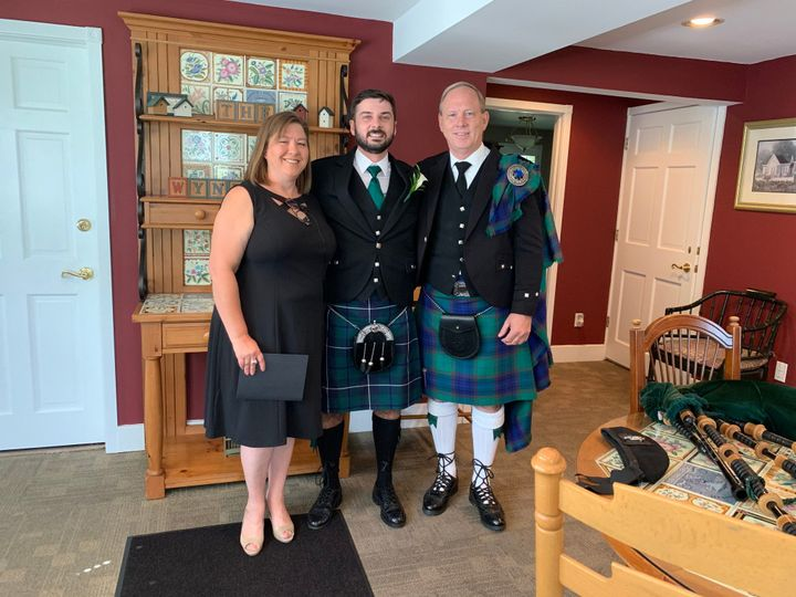 Tmx Julie Bagpipe 51 737916 1571059859 Madison Heights, Michigan wedding officiant