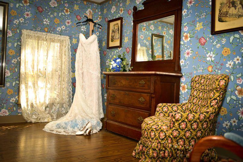 Hotel/bridal prep