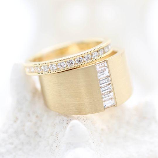 Wide Gold Ring Set