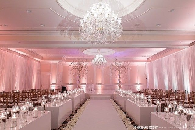 Luxury Wedding Indoor: Trump National Doral Miami