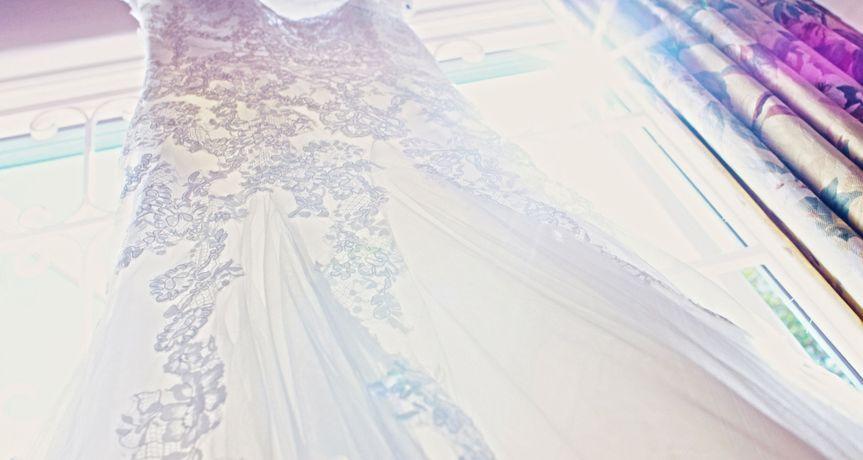 The sunlit dress