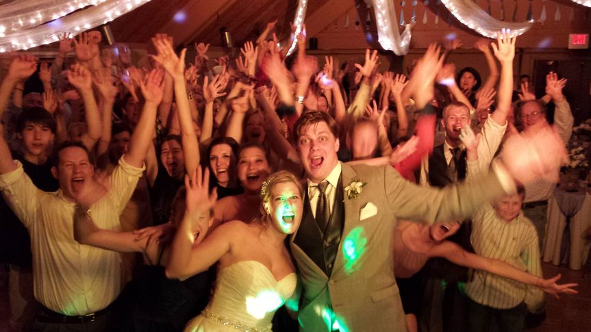 Sounds Unlimited Wedding Entertainment Dj Duluth Mn Weddingwire