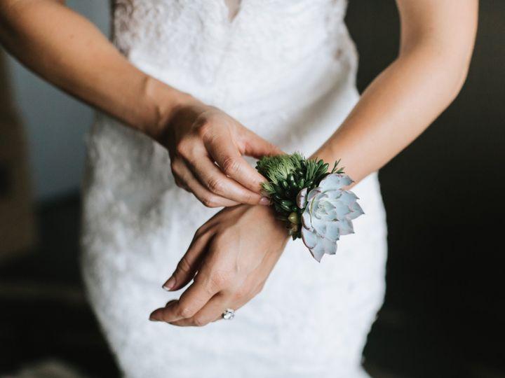 Tmx Aliaaustin 81 51 596026 159069943251944 Hampstead, NH wedding florist