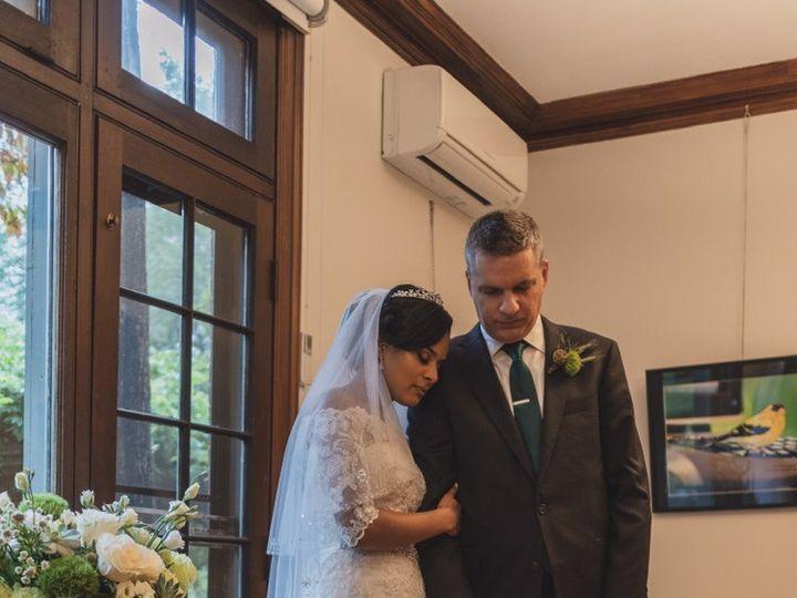 Tmx F39d1887 48d9 435f B607 Dfe309dd3db8 51 596026 160385018573712 Hampstead, NH wedding florist