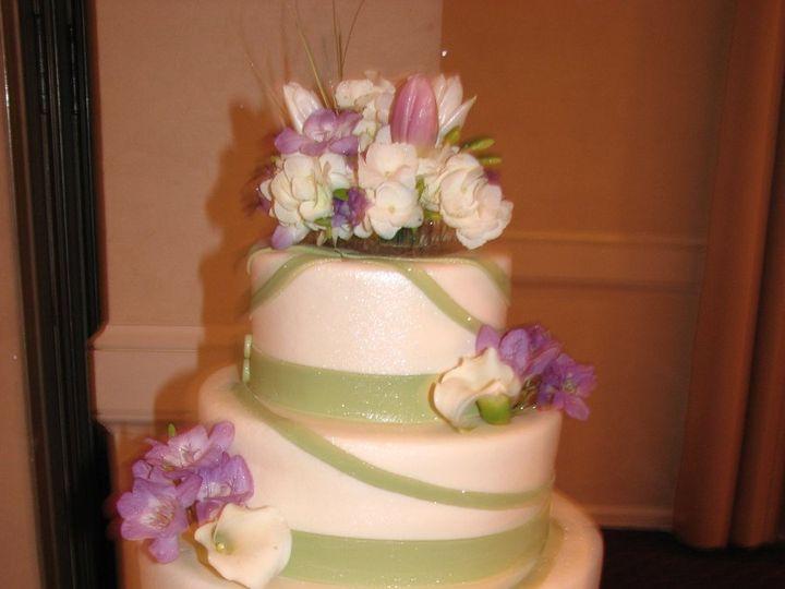 Tmx 1361301258569 Wedding116Copy La Plata, District Of Columbia wedding cake
