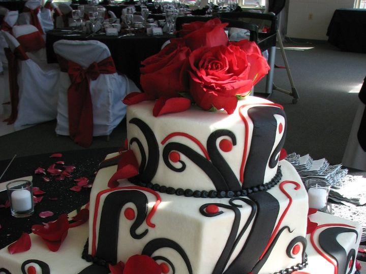 Tmx 1361301399811 IMG1635 La Plata, District Of Columbia wedding cake
