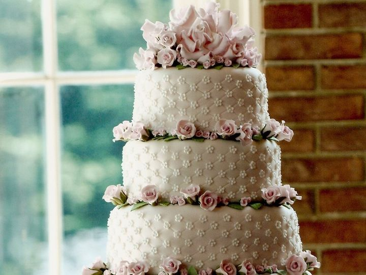 Tmx 1361301420530 Wedding13 La Plata, District Of Columbia wedding cake