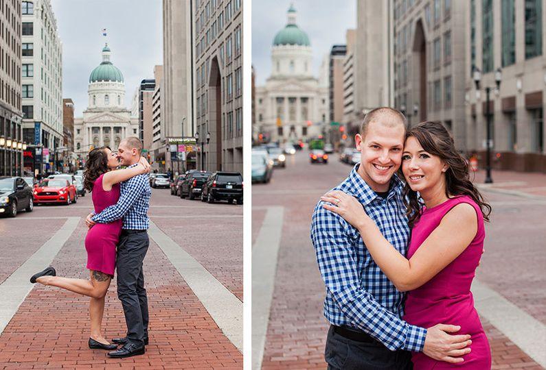 downtown indianapolis engagement portrait photogra