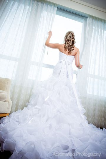 Uniique image reviews ratings wedding beauty health for Used wedding dresses west palm beach