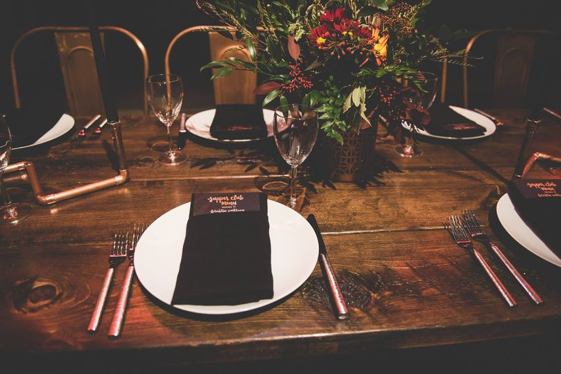 Sample rustic table set-up