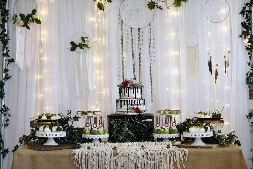Boho-chic Dessert Table