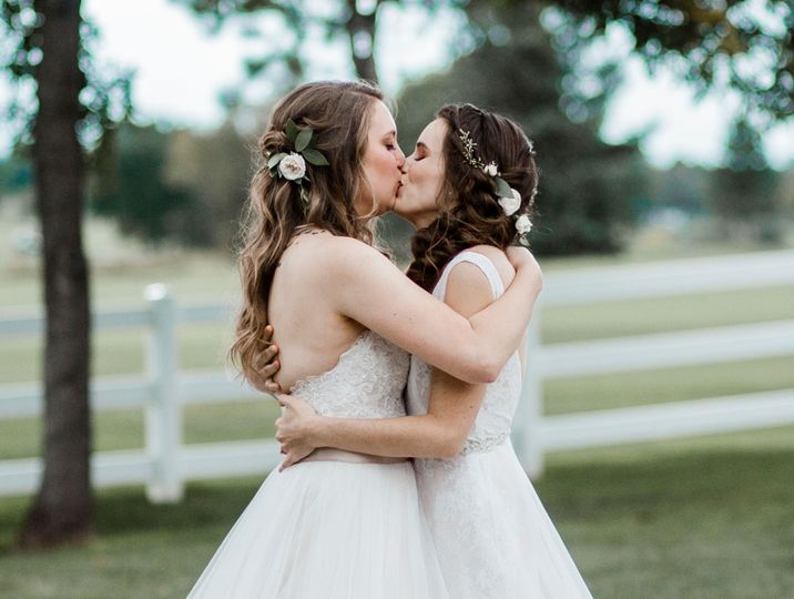 The kiss. Photo by Katie Childs Photo.