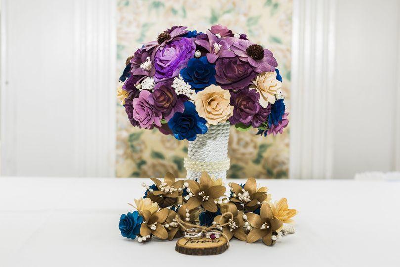 Floral details - 610 Photo