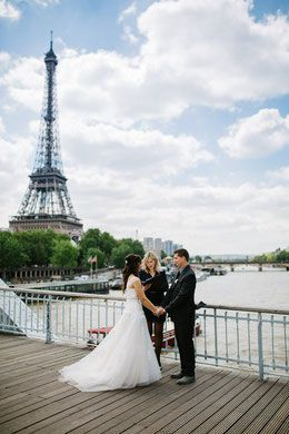 e2eb7d6431461786 wedding celebrant france symbolic ceremony paris eiffel tower