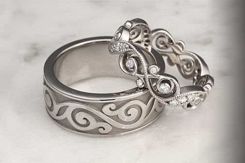 custom infinity wedding band set