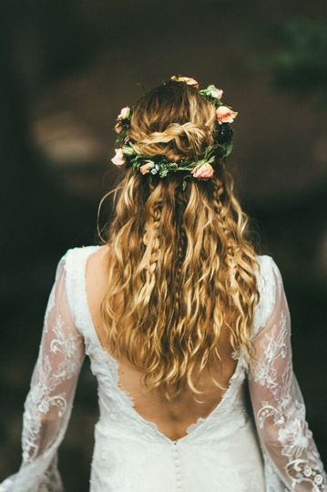A Sundance Mountain Resort wedding fit for a faerie queen and king. Photos by Bright Bird Photo.