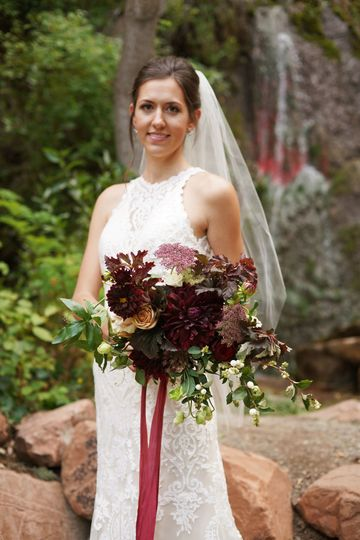 A formalized wild wedding at Louland Falls. Photos by