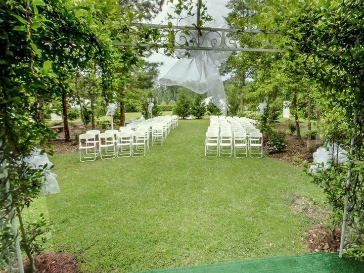 Tmx 1526205019 10fbce91d1f03a40 1526205017 3860b67c1e58b782 1526205015741 4 2222 Washington, NC wedding florist