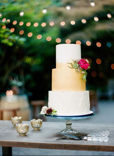 3-tier wedding cake with gold tier