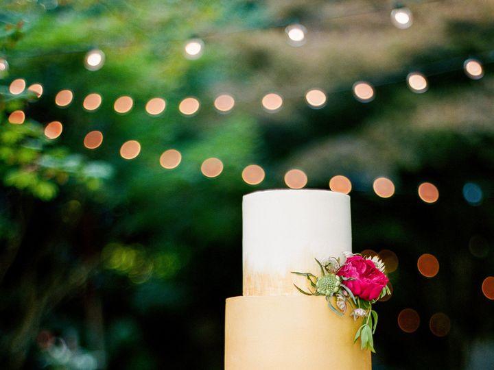 Tmx 1488239980032 Goldcakehires2 Seattle, Washington wedding cake