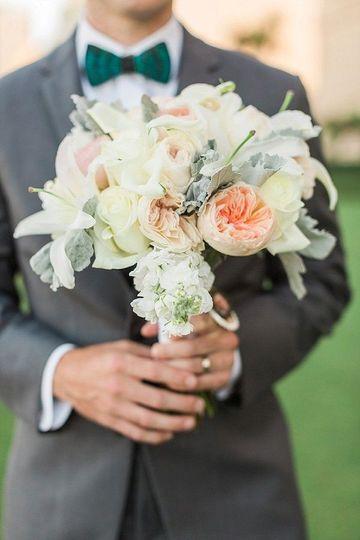 18e6a7177e7596e1 1483894139713 bouquet 11