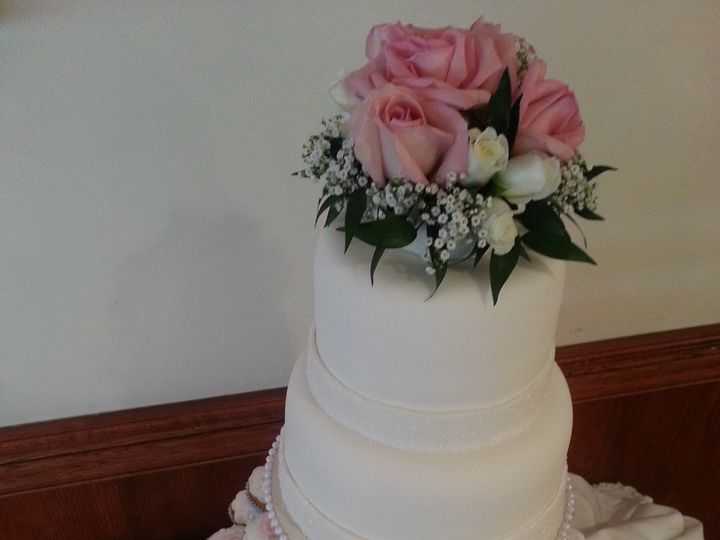 Tmx 1456511954847 Cup Cakes Wedding Cake Warrenville, IL wedding venue