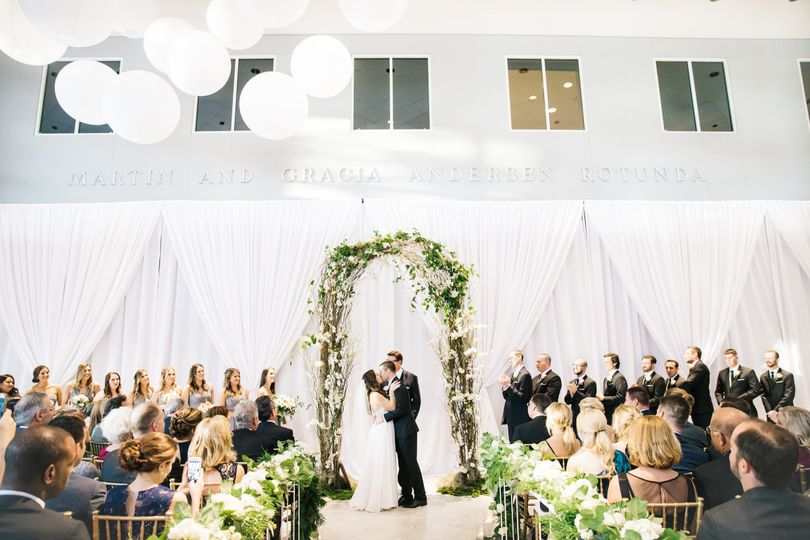 A Modern Museum Wedding in Miami