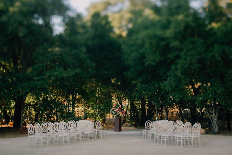 Sophisticated and timeless ceremony layout