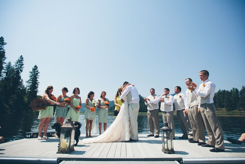 Lake Coeur d'Alene wedding ceremony on a floating dock