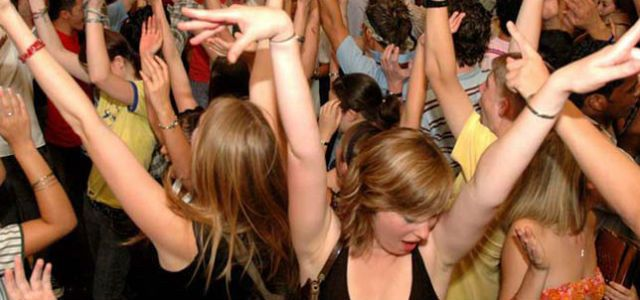 Tmx 1439151892201 Dancing Crowd 03 1640x300 Eliot, ME wedding dj