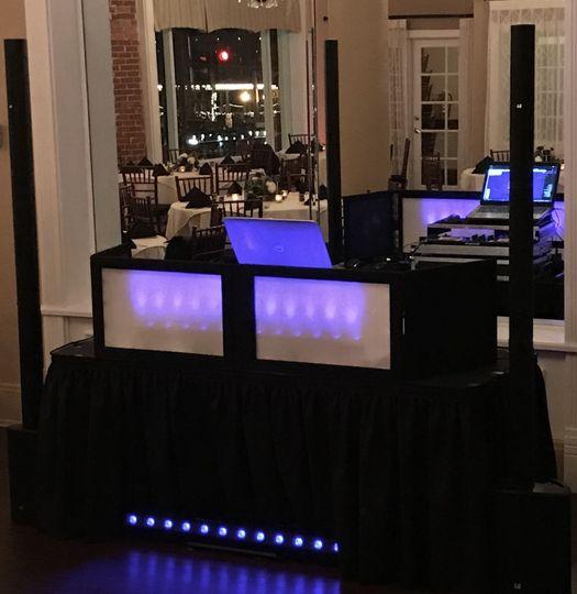 Small wedding set up