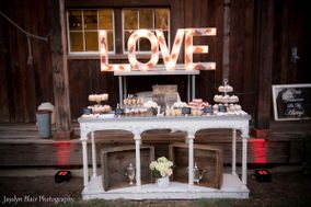 Lauren McKay's Custom Cakes & Sweet Treats