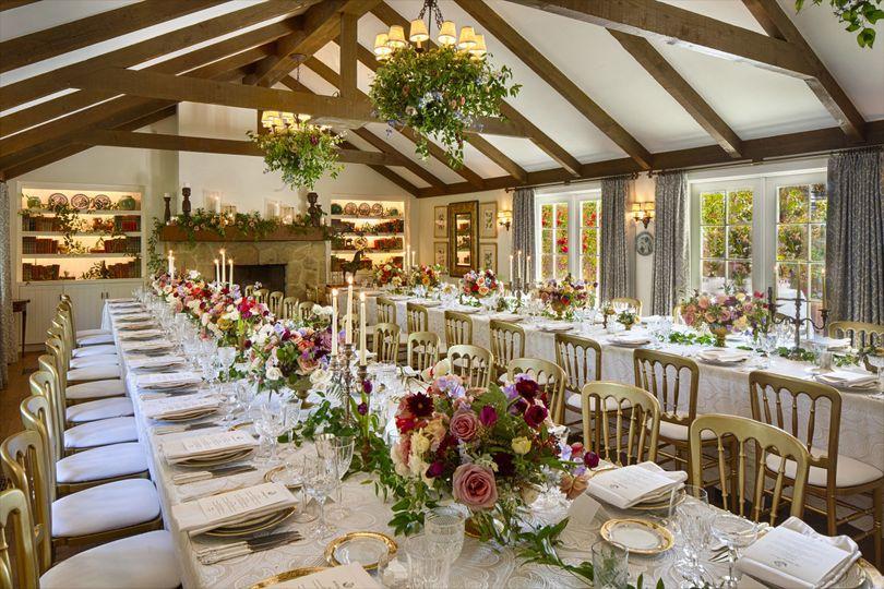 f2d8a3a41ce7c996 1493046180112 43 hydrangea wedding