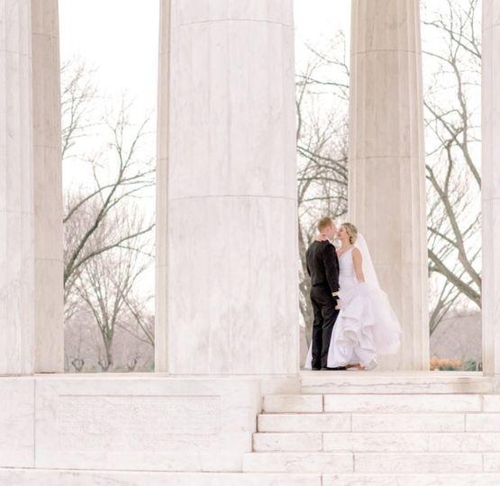 wedding couple3 51 790526 158230281220095