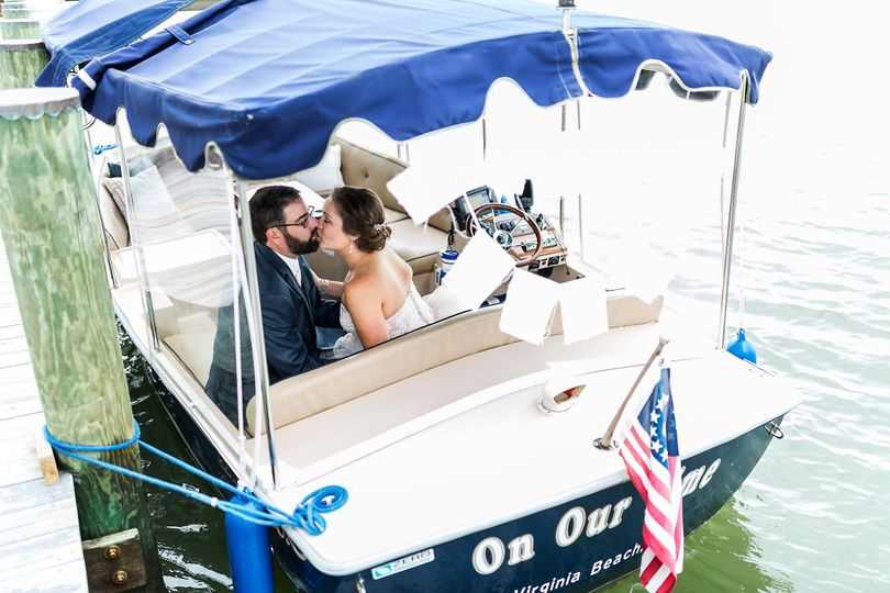 Kiss on a boat